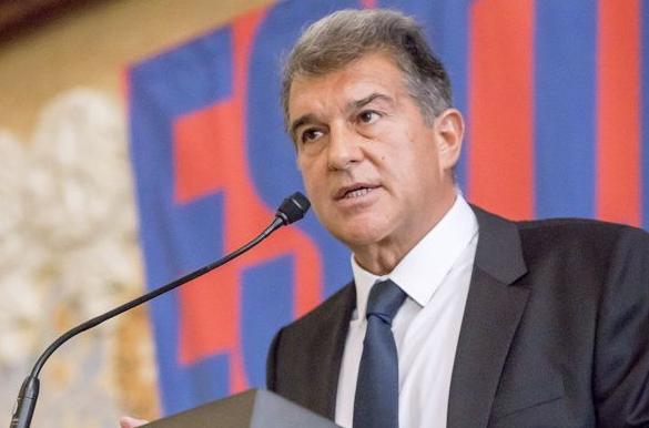 Chủ tịch Joan Laporta tuyên bố vẫn tiếp tục ở lại Super League