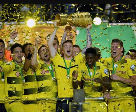 Tin thể thao trong ngày: Dortmund vô địch Cúp quốc gia Đức