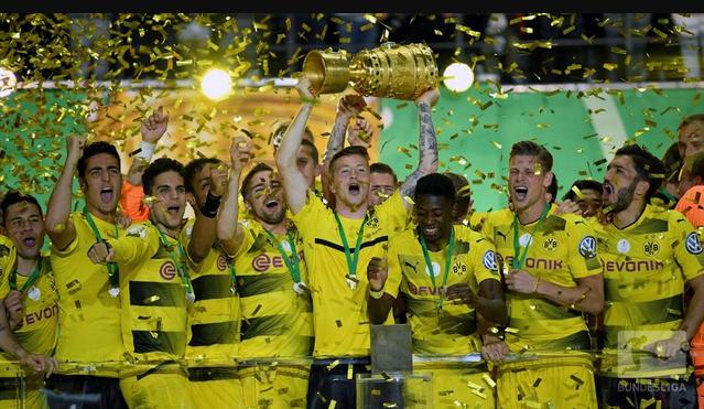 Dortmund vô địch Cúp quốc gia Đức