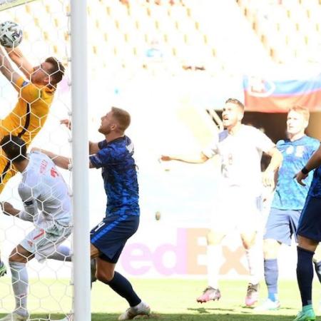 Kết quả chung kết Euro: Slovakia 0-5 Tây Ban Nha