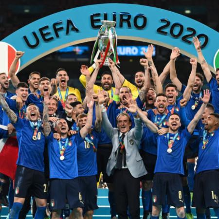 Ý vs Anh: chiến thắng thuyết phục của đoàn quân áo xanh