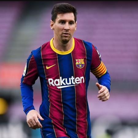 Lionel Messi sẽ ở lại Barcelona đến năm 2026