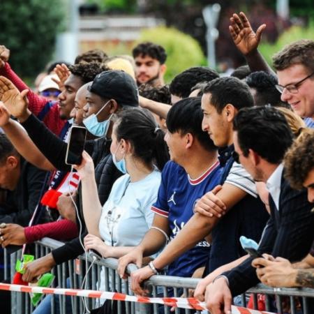 Phản ứng của fan hâm mộ khi Lionel Messi đến PSG
