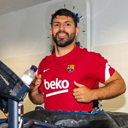 Sergio Aguero trở lại tập luyện cùng với Barca